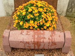 Stèle à 6 faces, tournante