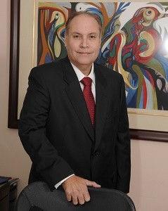 Dr.-Carlos-A.-Disdier-239x300.jpg