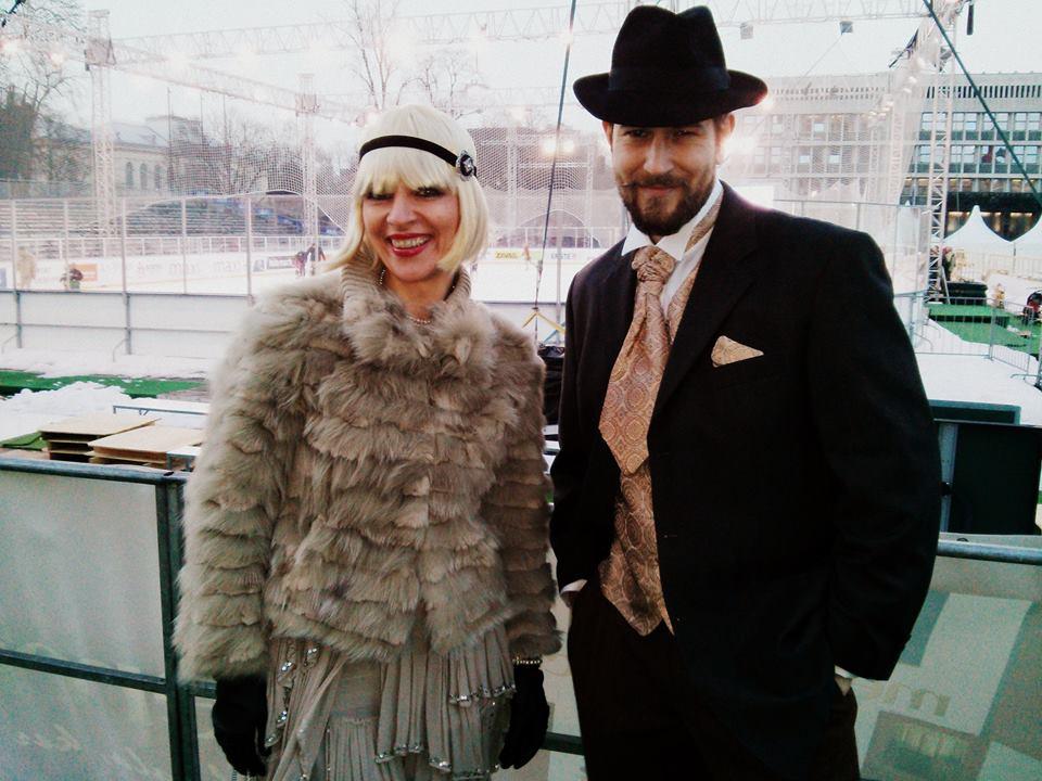 Luka in Brigita urejena v Gatsby slogu z oblačili MJZ Fashion
