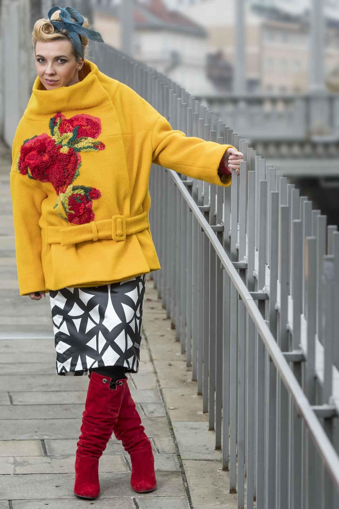 Vesna Zornik v oblačilih Zoofa