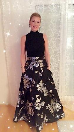 Nives v obleki MJZ Fashion