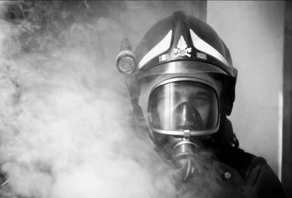 vigili del fuoco vdf pompierivenezia incendio-2_edited.jpg