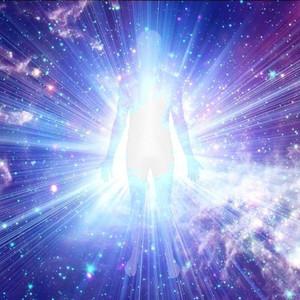 Maintenant, mon Corps Physique Cristallin de Lumière se manifeste
