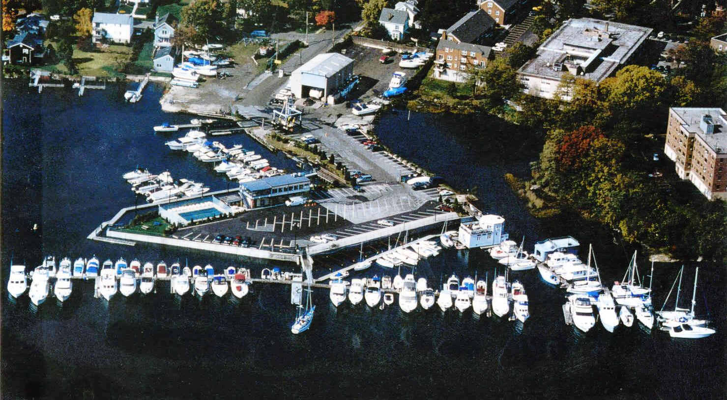 Wright Island Marina