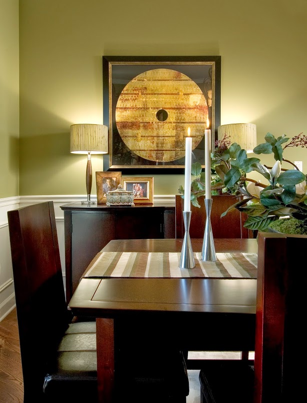 Dining Room, Move Up Buyer