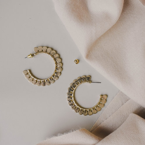 Flora Scalloped Hoops