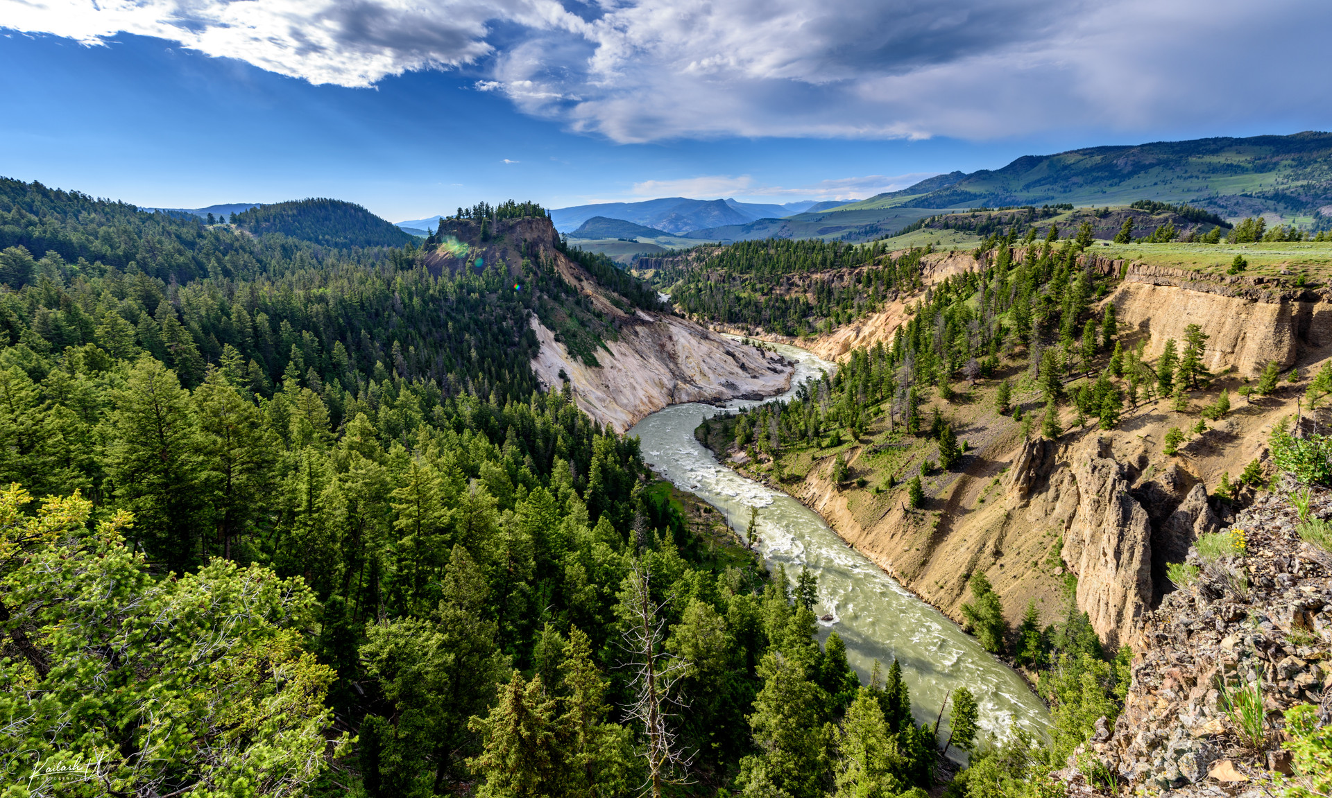 Twists & Turns, Yellowstone