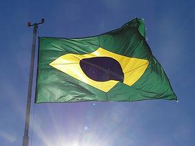 flag-of-brazil-2343480_960_720.jpg