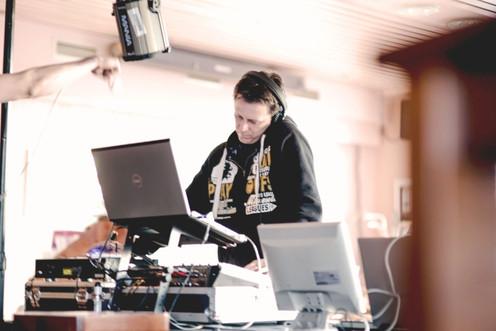 DJ Bessy (1).jpg