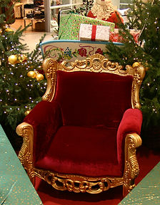Sessel roter Samt und gold.jpg