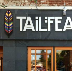 Tailfeather Sign