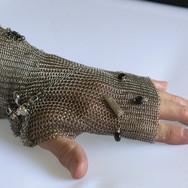 Metal Lace Hand Glove