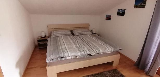 Schlafzimmer neu1.jpg