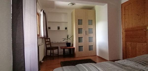 Schlafzimmer neu2.jpg