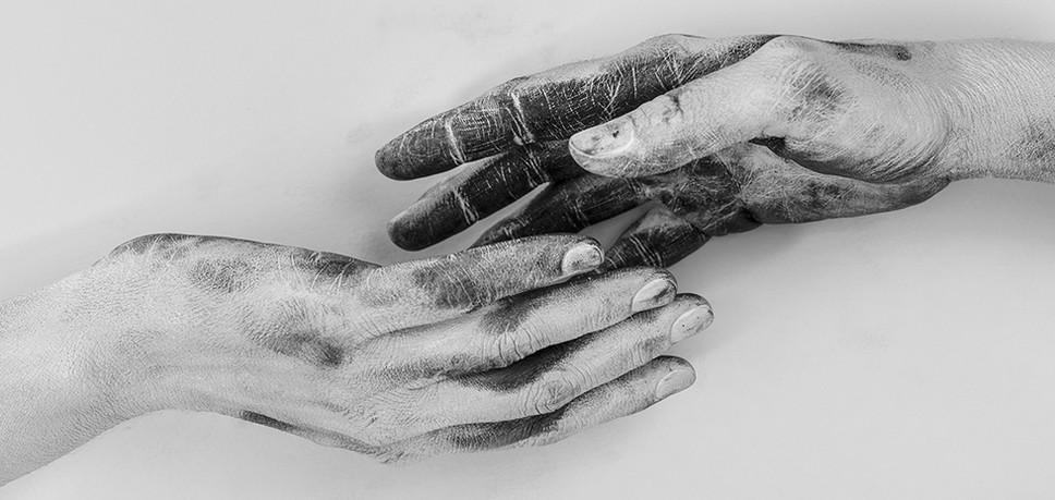 Hands---Conceptual-#02.jpg