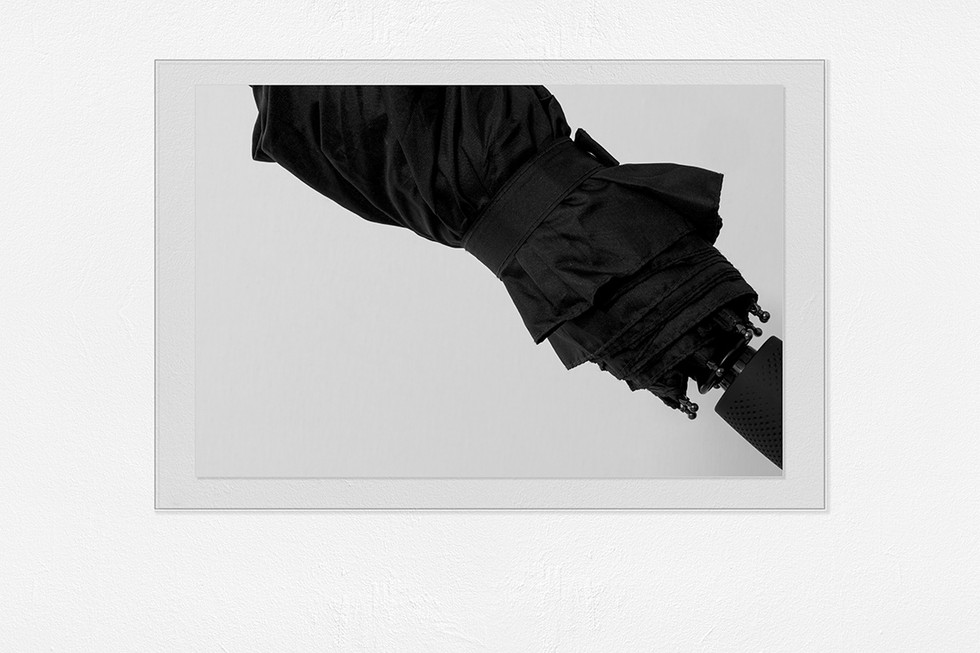 Umbrela Black - Gallery.jpg
