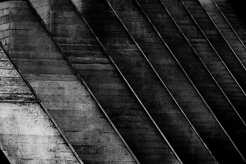 Brutalist Architecture | Minimalism | Black and White Photographs | London Architecture #77