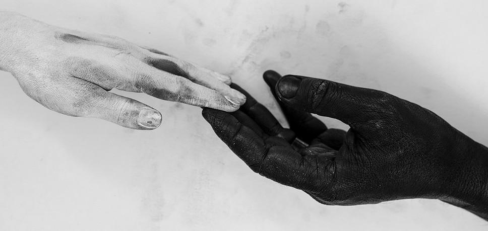 Hands---Conceptual-#01.jpg