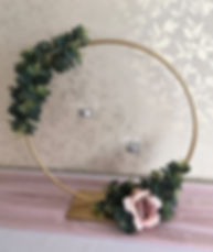 Gold hoop table centrepiece for weddings in Devon and Torbay.