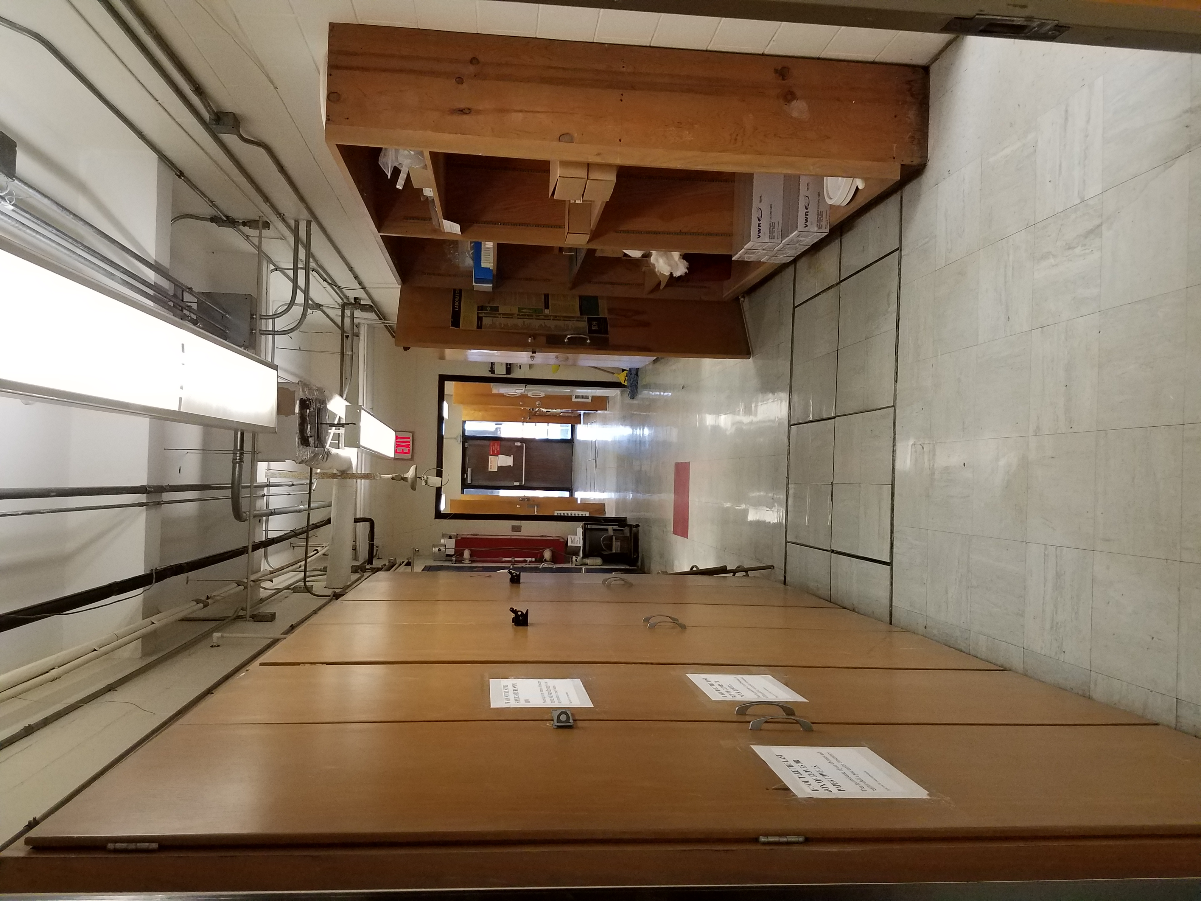 Zhu Lab hallway DLC 749
