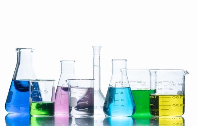 laboratory-glassware-with-liquids-differ