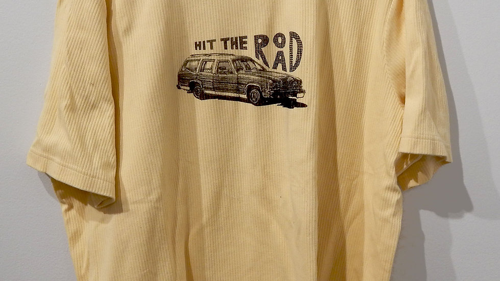 Hit The Road XL tee