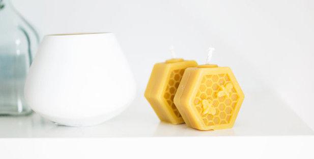 Beeswax Plain Hexagon Candle