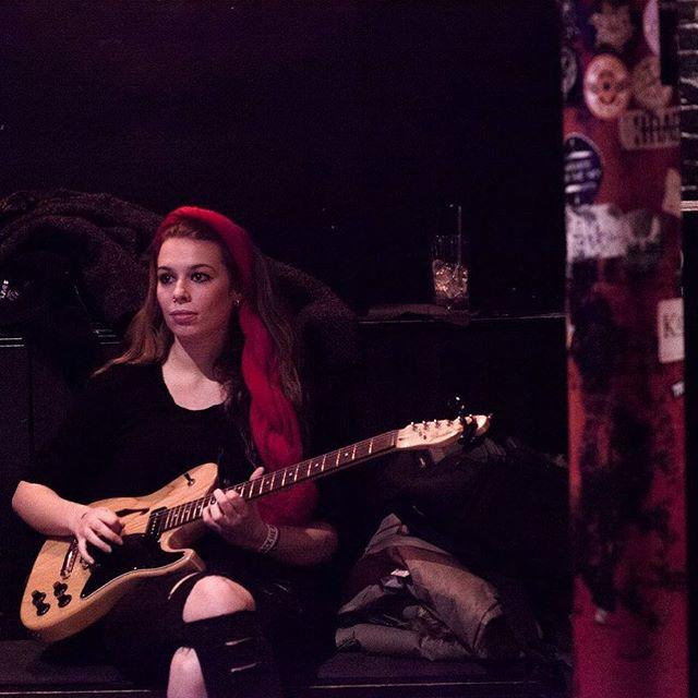 Pre gig vibes #guitar #annazed #fender #theblackheart #music #gig #newmusic #epcomingsoon #love #tag