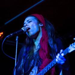 #singer #annazed #fendertele #guitar #theblackheart