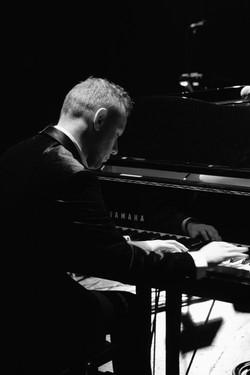 Tomasz piano