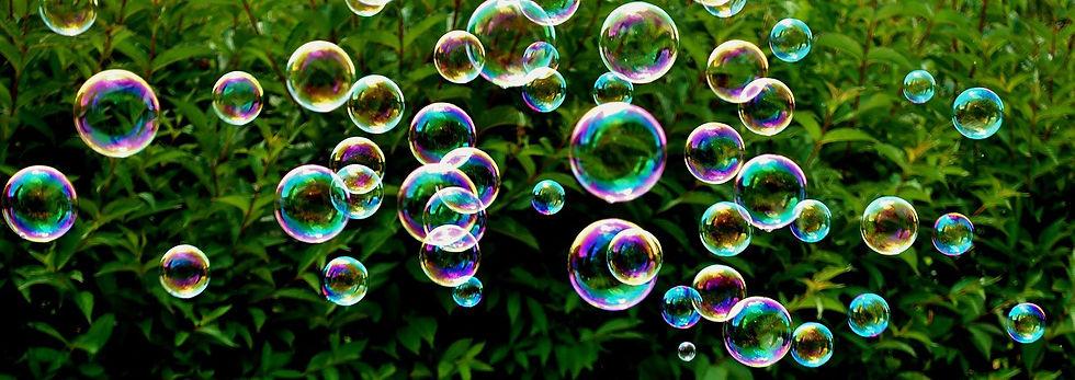 soap-bubbles-3540411_1920.jpg