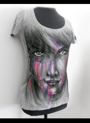 Colors_Woman Handpainted T Shirt (E).JPG