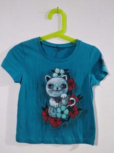 Maneki Neko t-shirt dipinta a mano azzur