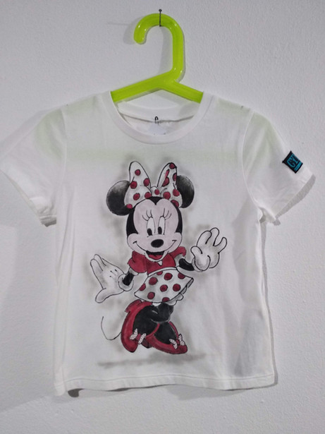 Minnie t-shirt dipinta a mano bianca (1)