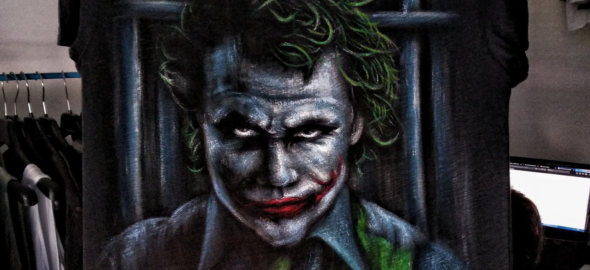 Joker_A_T Shirt dipinta a mano.jpg