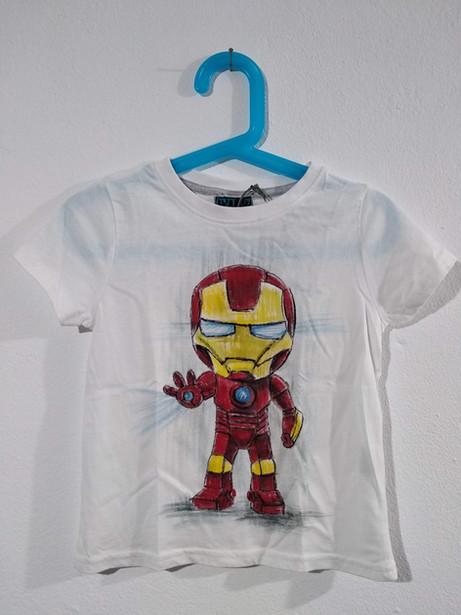 Mini Ironman t-shirt dipinta a mano bian