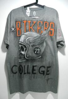 T Shirt disegnata a mano (16).JPG