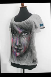 Colors_Woman Handpainted T Shirt (B).JPG