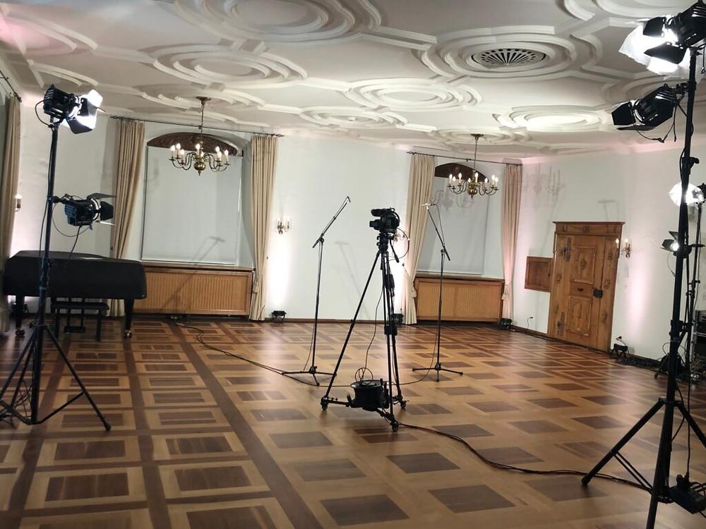Das technische Setup hinter den Livestream-Konzerten von Astrid Leutyler.