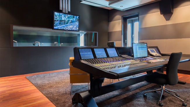 studios_3.jpg