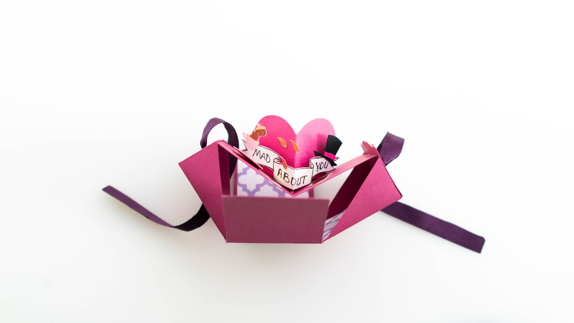 Mad Valentine's Day boxie