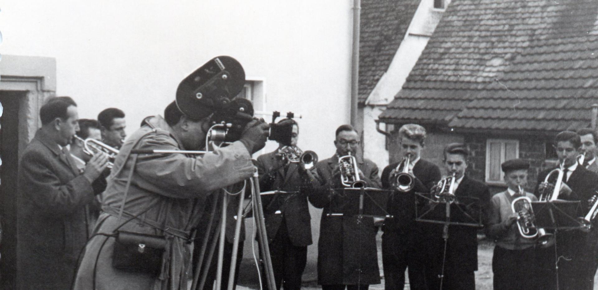 SDR Fernsehteam filmt Posaunenchor