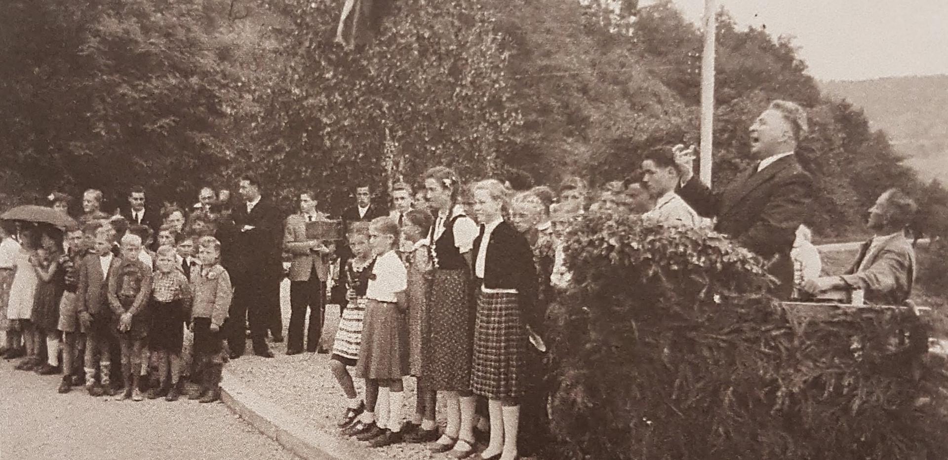3._Brückeneinweihung_1955