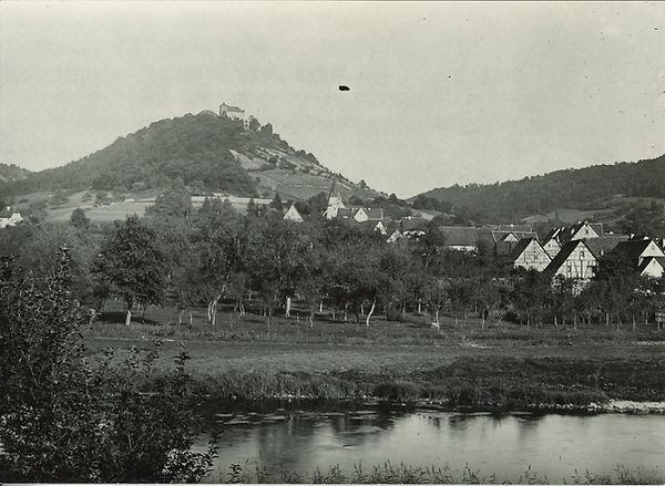 Kocherstetten_mit_Schloß_1950.jpg