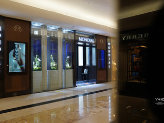 Mondial Jeweler - Bridal Window display