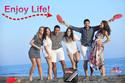 beach photo con maletin - ENJOY LIFE.jpg