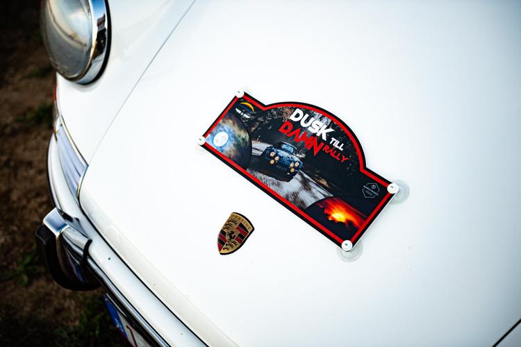 Rallyplaat_dusk till dawn.jpg