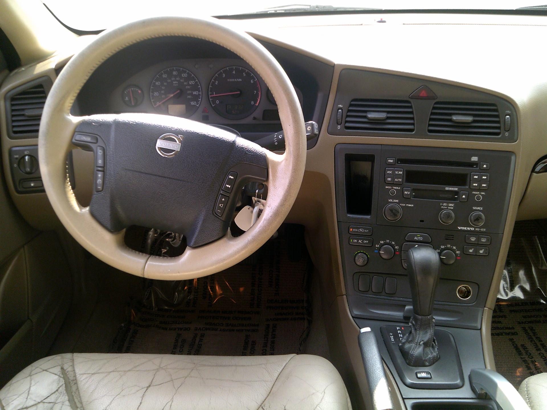 2003 Volvo XC70 (14)