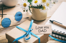 fathers-day-gift-box-with-love-you-dad-t