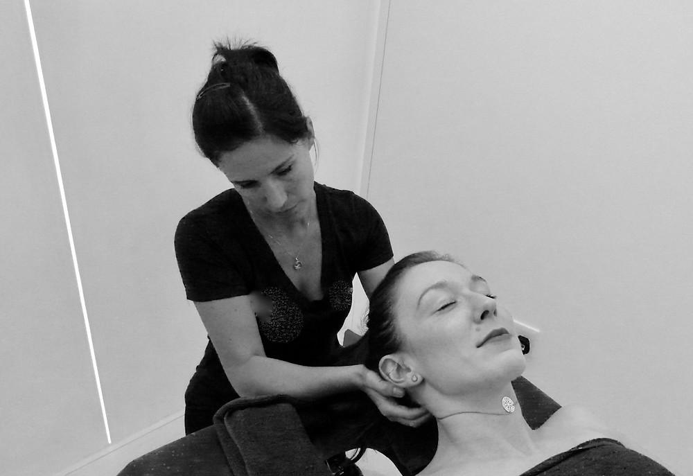 neck massage, pressure points, tension relief